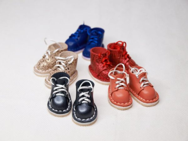 shoes for doll with laces
